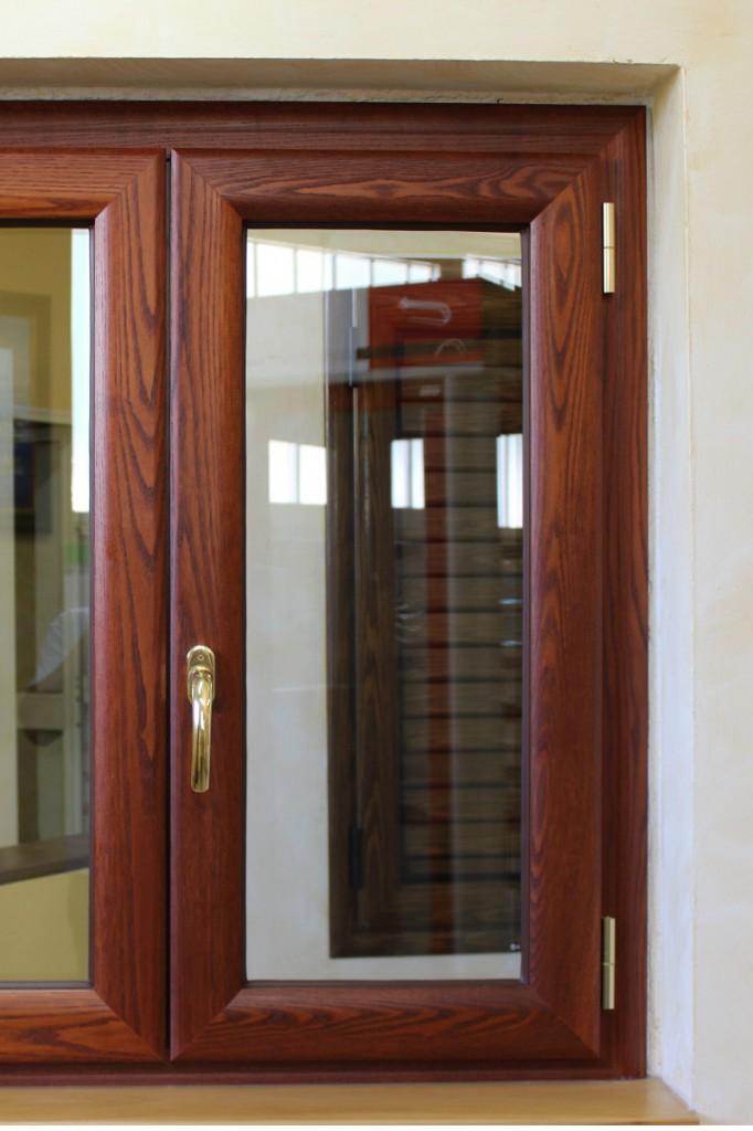 Infissi alluminio legno finestrall for Infissi legno prezzi
