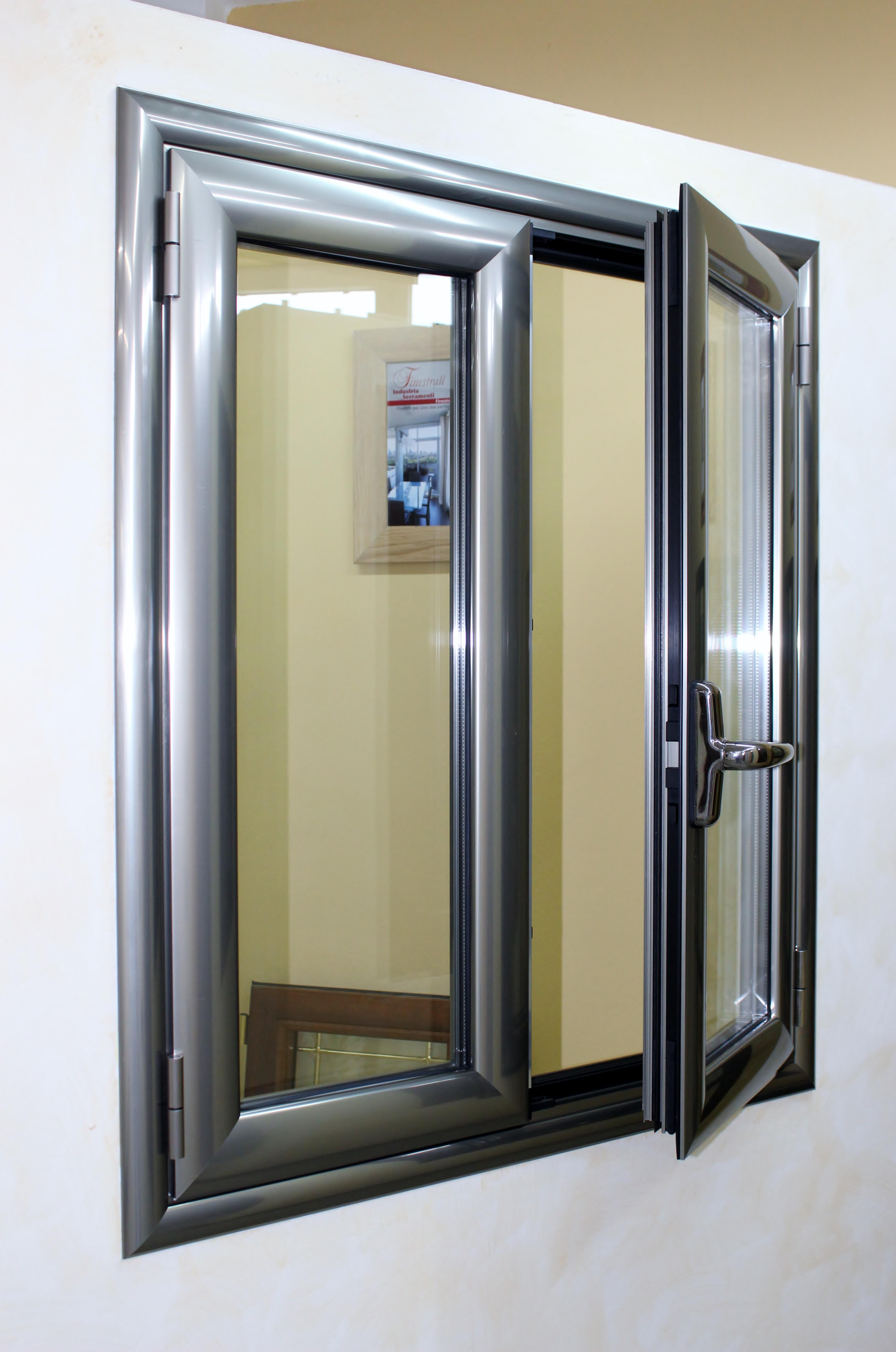 Infissi alluminio taglio termico finestrall - Infissi con vetrocamera prezzi ...