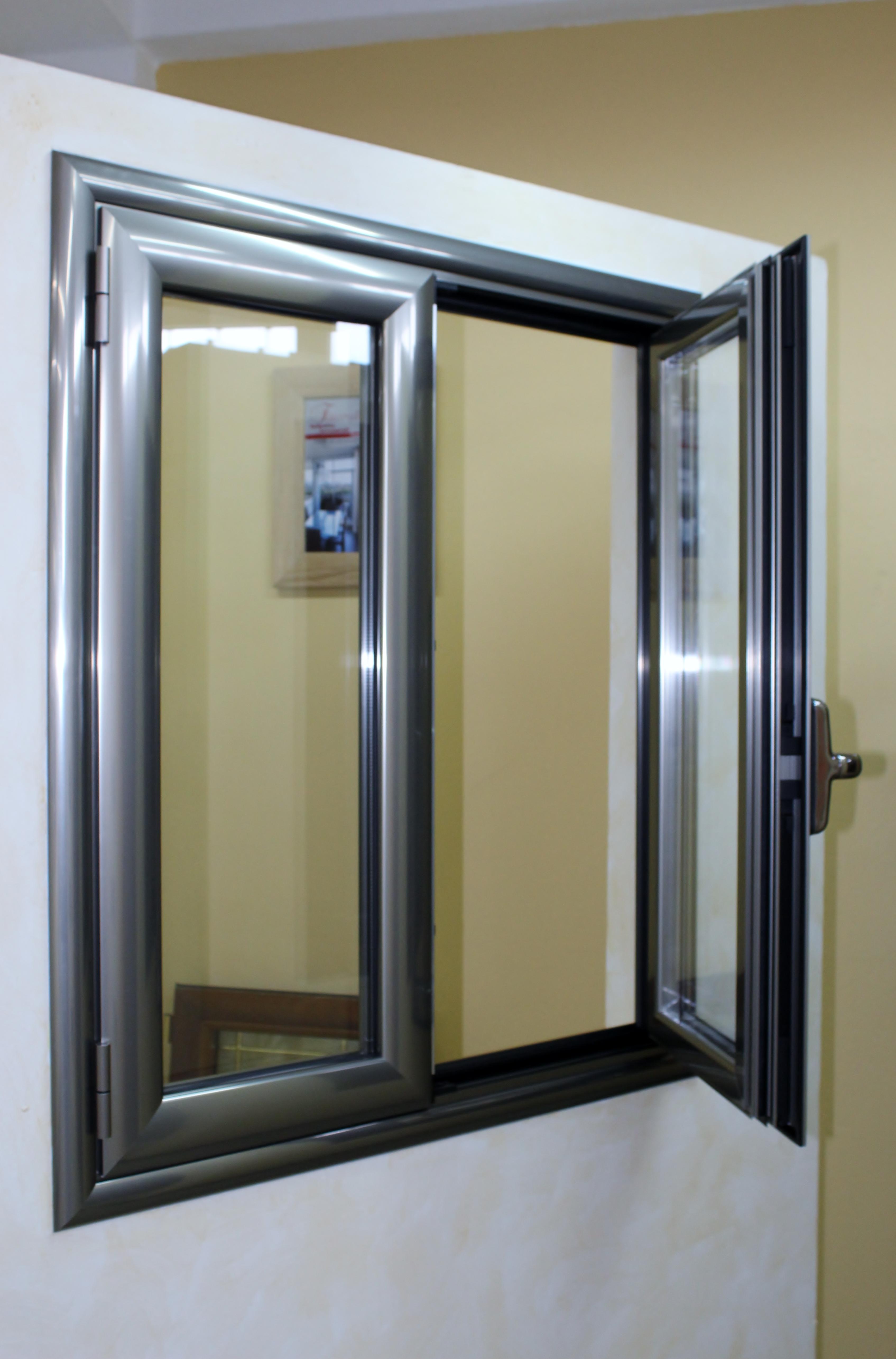 infissi alluminio taglio termico