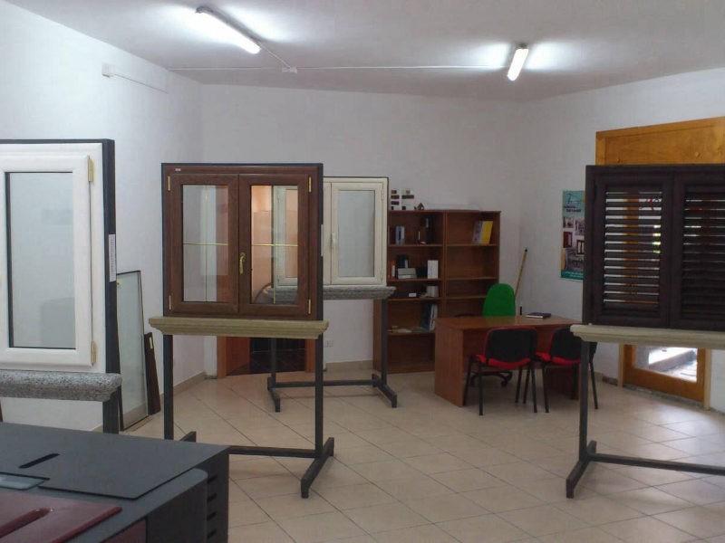 showroom-finestrall-centrache-2